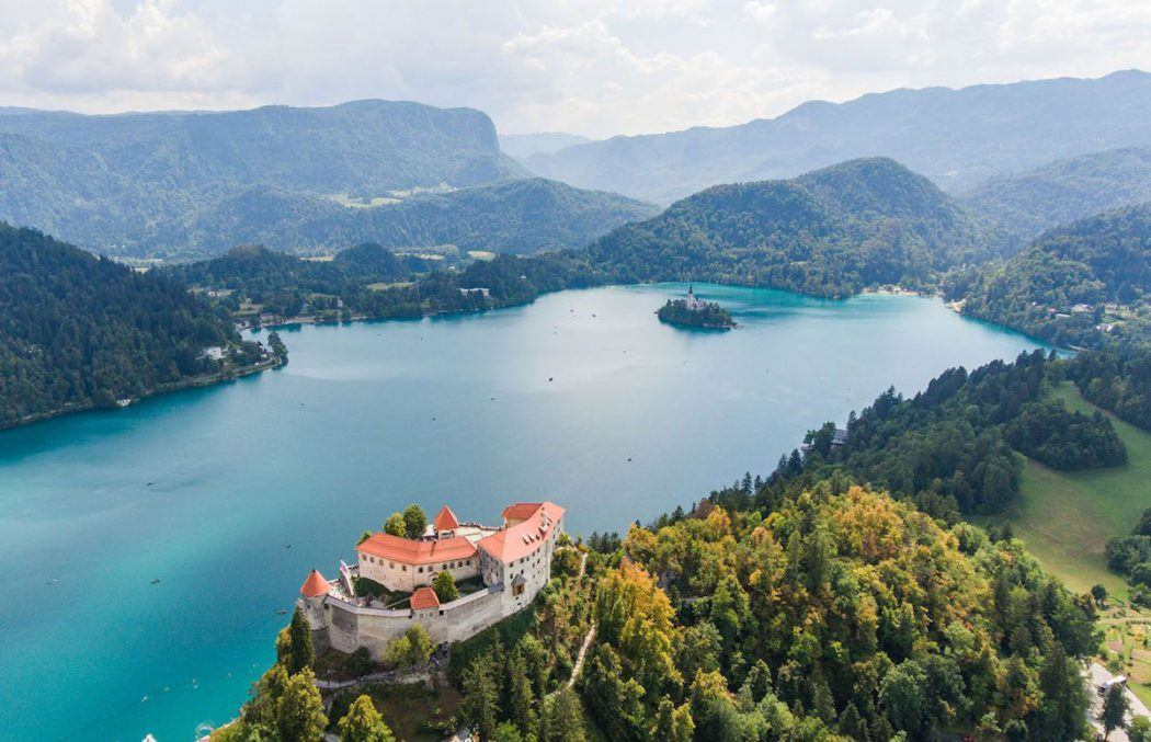 Topspiegel van Bled – Fish of a Lifetime van Laurens Opitek