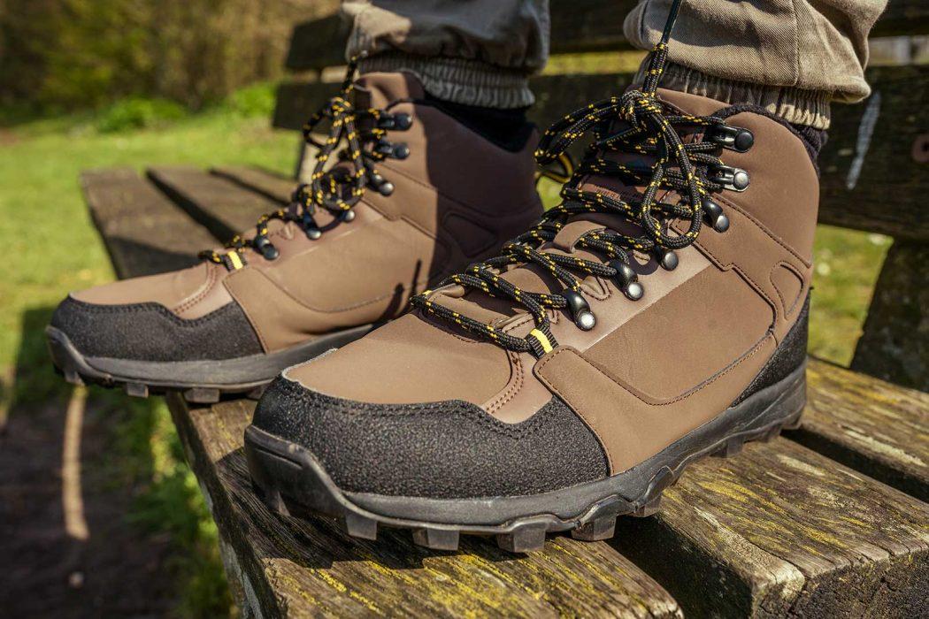 [VIDEO] Topschoenen voor aan de waterkant: de Navitas Mid Top Boots (+ Coolmax sokken!)